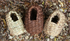 Oval Roosting Nest Pocket