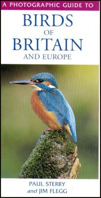 A Photographic Guide to Birds of Britain and Europe