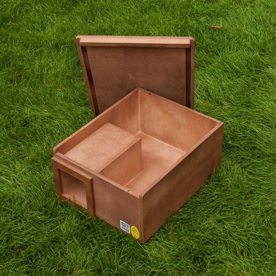 Hedgehog nest box nhbs wildlife conservation shop for Garden 50 designs to help you destress