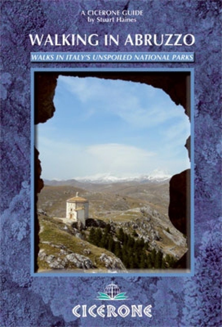 Cicerone Guides: Walking in Abruzzo