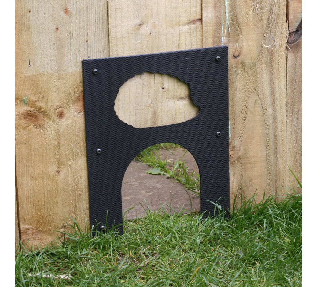 Eco Hedgehog Hole Fence Plate
